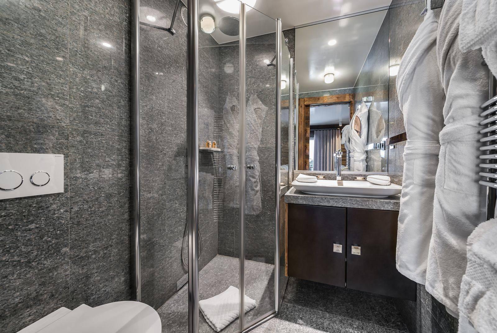 Lovelydays luxury service apartment rental - Megève - Senses Chalet - Partner - 6 bedrooms - 6 bathrooms - Lovely shower - 3f14a55d87dc - Lovelydays
