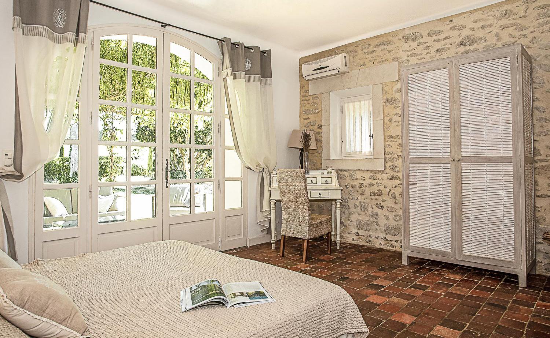 Lovelydays luxury service apartment rental - St Rémy de Provence and surroundings - Ameu Mas - Partner - 6 bedrooms - 6 bathrooms - Queen bed - 17881182e4f9 - Lovelydays