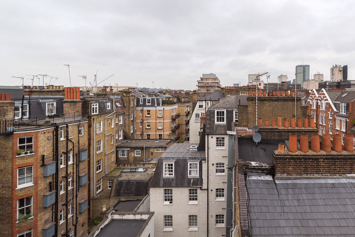 Lovelydays luxury service apartment rental - London - Fitzrovia - Foley Street II - Lovelysuite - 2 bedrooms - 2 bathrooms - Panoramic view - 6b2c58a8923f - Lovelydays