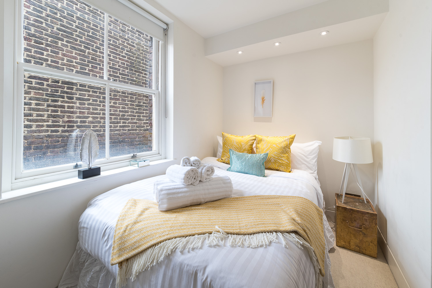 Lovelydays luxury service apartment rental - London - Fitzrovia - Foley Street II - Lovelysuite - 2 bedrooms - 2 bathrooms - Double bed - e97d5001ffcf - Lovelydays