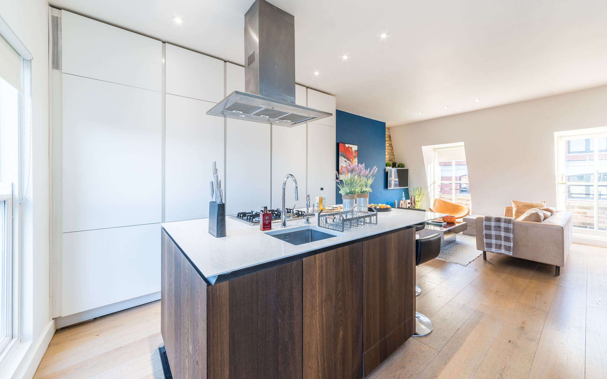Lovelydays luxury service apartment rental - London - Fitzrovia - Foley Street II - Lovelysuite - 2 bedrooms - 2 bathrooms - Luxury kitchen - d7d6e216a94f - Lovelydays
