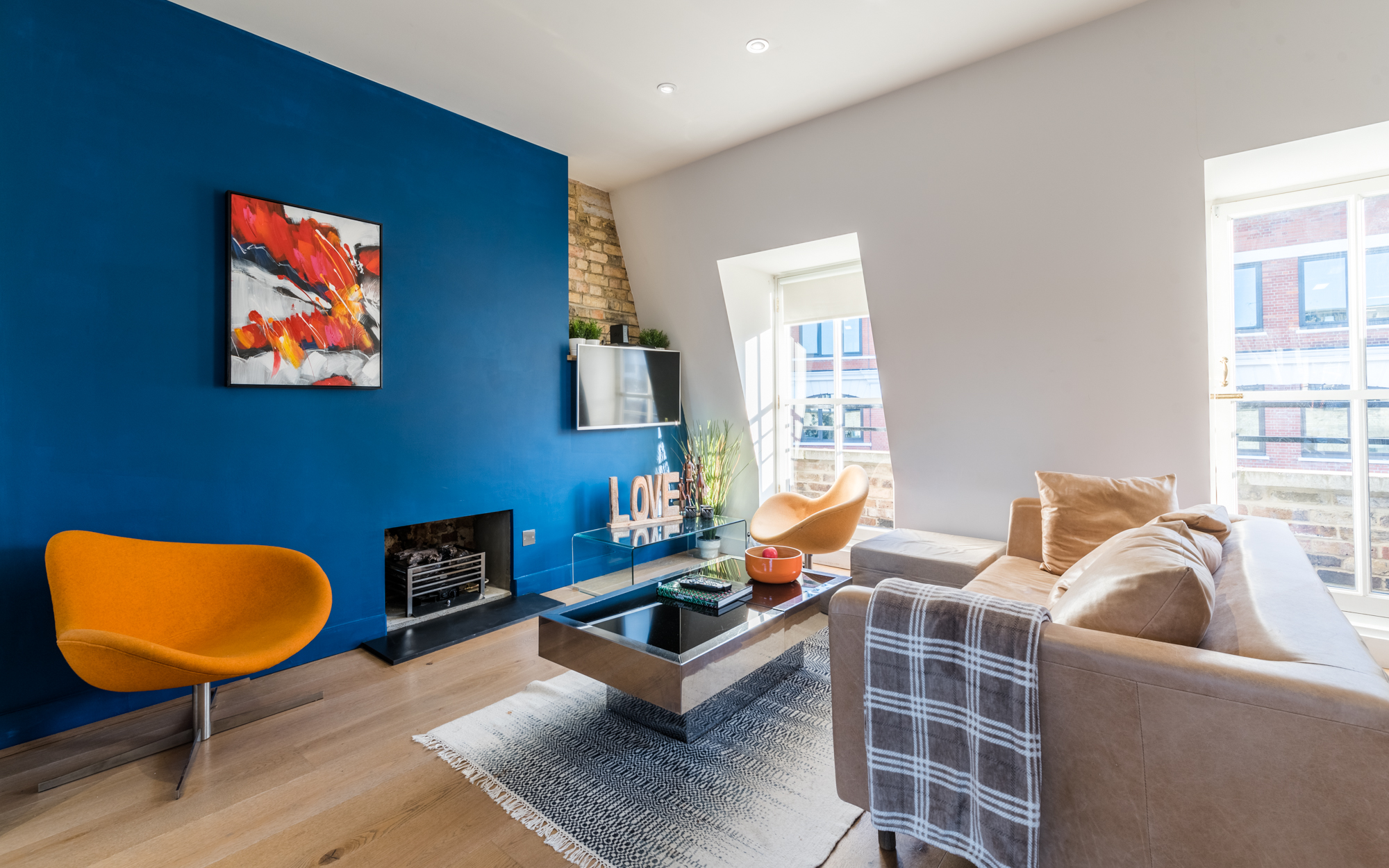 Lovelydays luxury service apartment rental - London - Fitzrovia - Foley Street II - Lovelysuite - 2 bedrooms - 2 bathrooms - Luxury living room - 3b5d5d7234b9 - Lovelydays