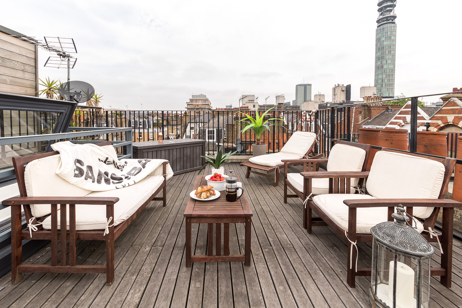 Lovelydays luxury service apartment rental - London - Fitzrovia - Foley Street II - Lovelysuite - 2 bedrooms - 2 bathrooms - Roof top central London - 034ce6b13bbb - Lovelydays