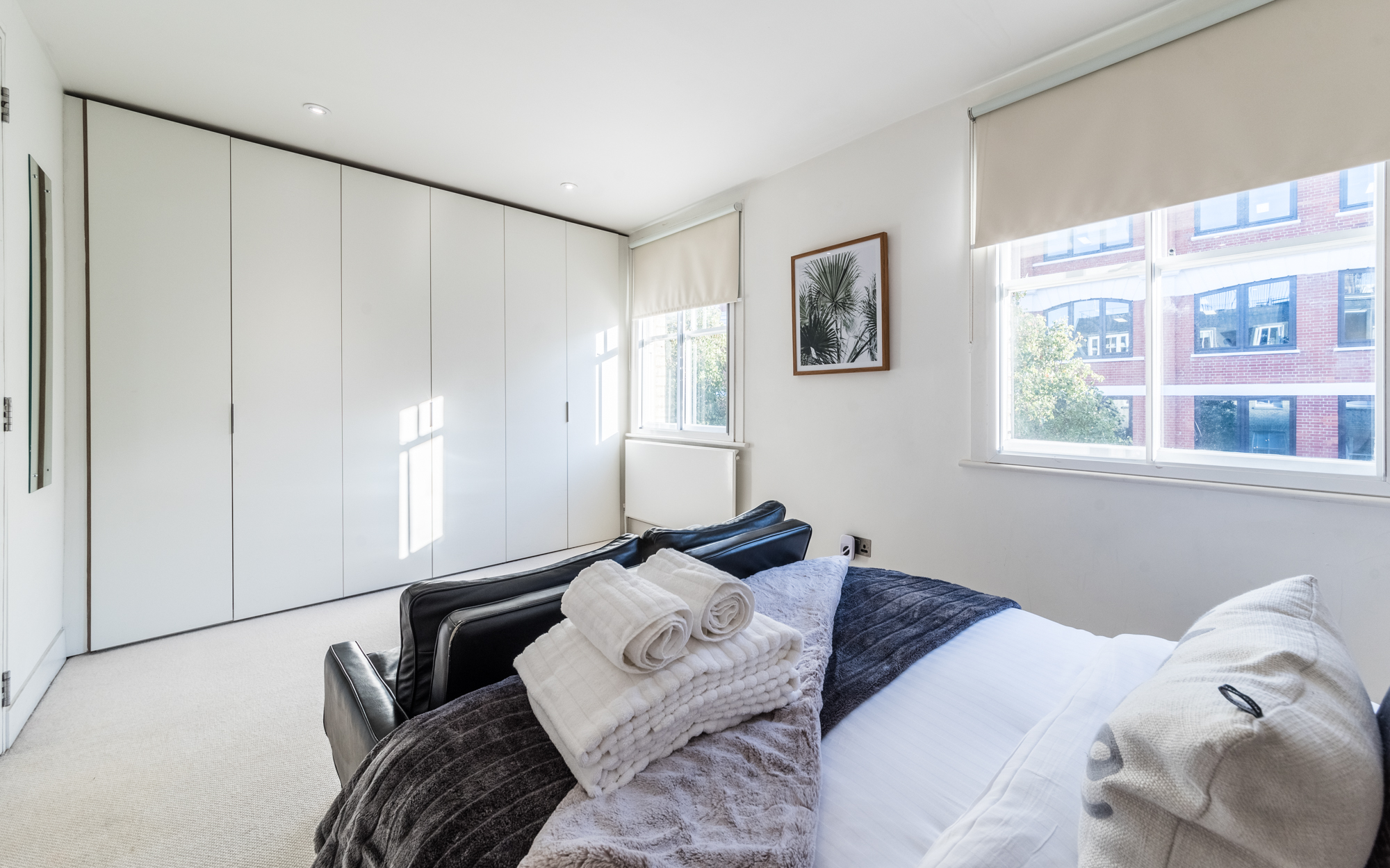 Lovelydays luxury service apartment rental - London - Fitzrovia - Foley Street II - Lovelysuite - 2 bedrooms - 2 bathrooms - Double bed - 4a1f65af6c58 - Lovelydays