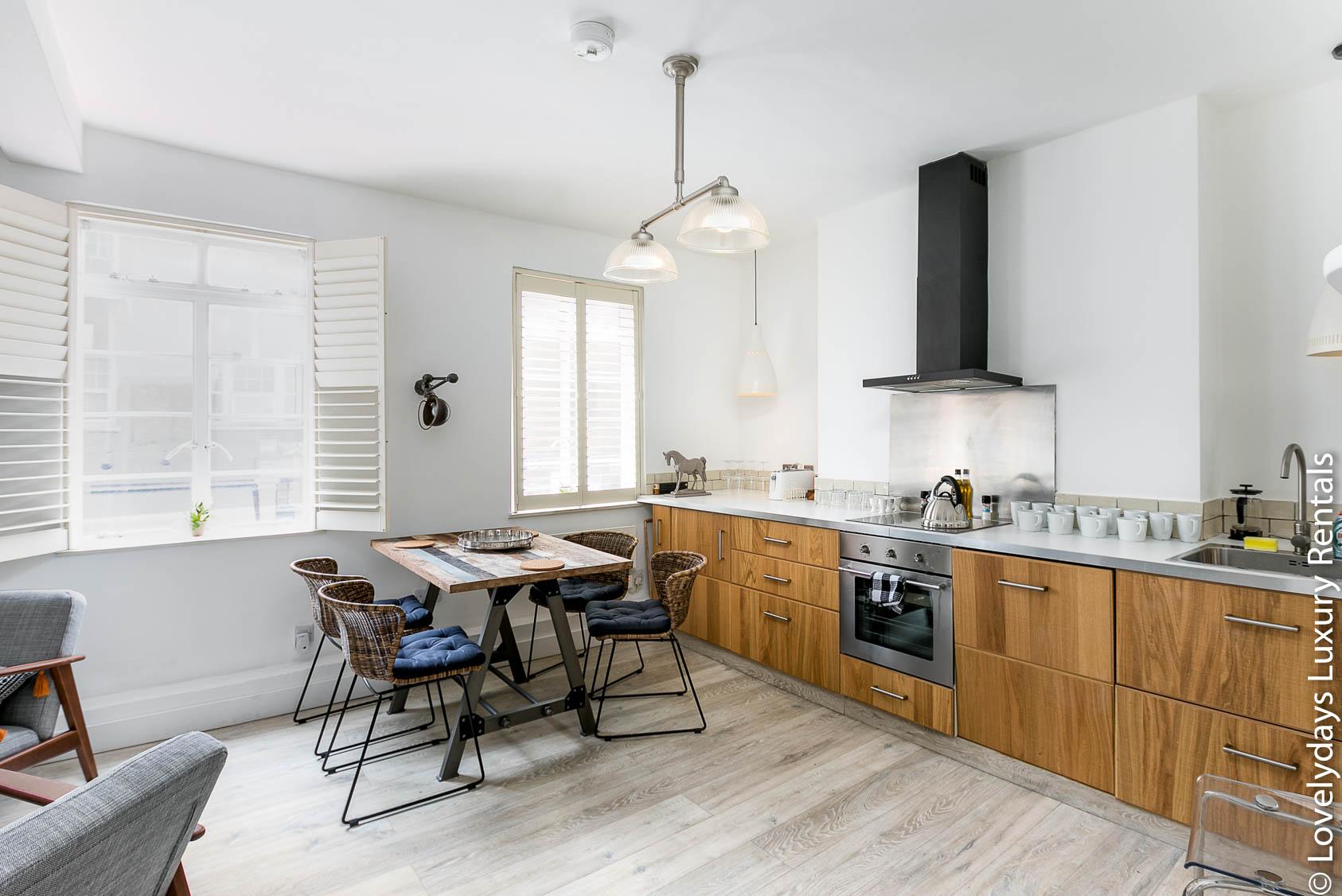 Lovelydays luxury service apartment rental - London - Fitzrovia - Goodge 55 - Lovelysuite - 2 bedrooms - 3 bathrooms - Luxury kitchen - eac5c828fea0 - Lovelydays