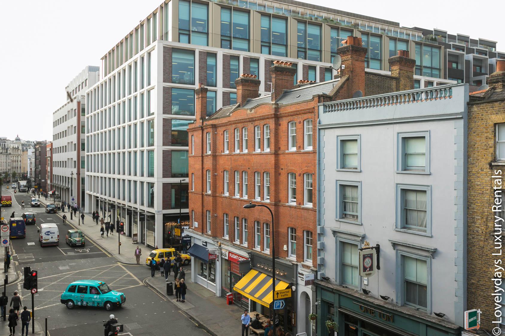 Lovelydays luxury service apartment rental - London - Fitzrovia - Goodge 55 - Lovelysuite - 2 bedrooms - 3 bathrooms - Hallway - 954032bcc41a - Lovelydays