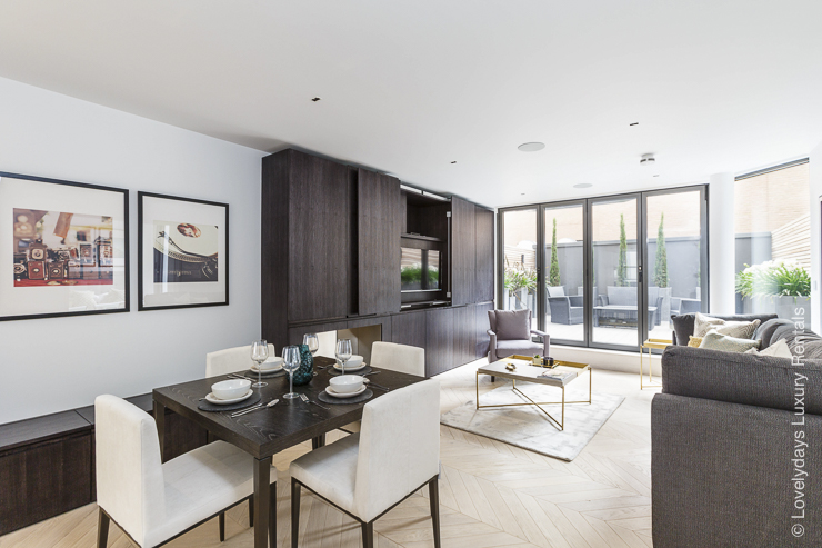Lovelydays luxury service apartment rental - London - Fitzrovia - Goodge street - Lovelysuite - 2 bedrooms - 2 bathrooms - Luxury living room - 2c0f90330b9c - Lovelydays