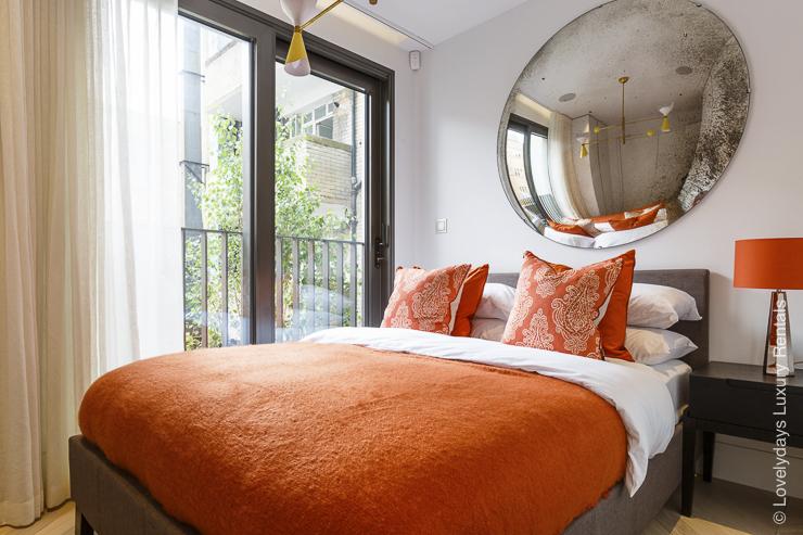 Lovelydays luxury service apartment rental - London - Fitzrovia - Goodge street II - Lovelysuite - 2 bedrooms - 2 bathrooms - Queen bed - 2e2ba0bf5a2b - Lovelydays