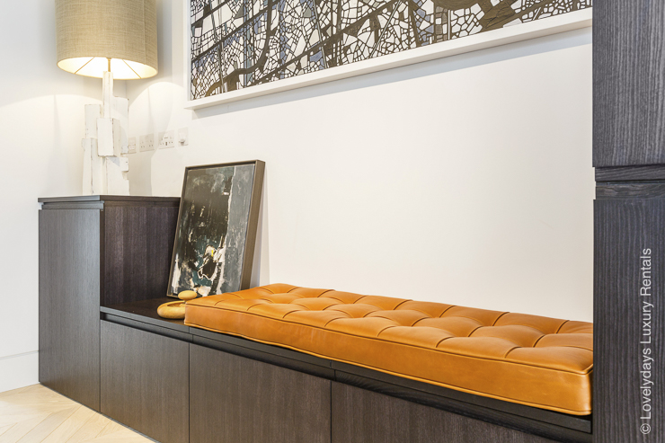 Lovelydays luxury service apartment rental - London - Fitzrovia - Goodge street II - Lovelysuite - 2 bedrooms - 2 bathrooms - Luxury living room - 65eba9fa651d - Lovelydays