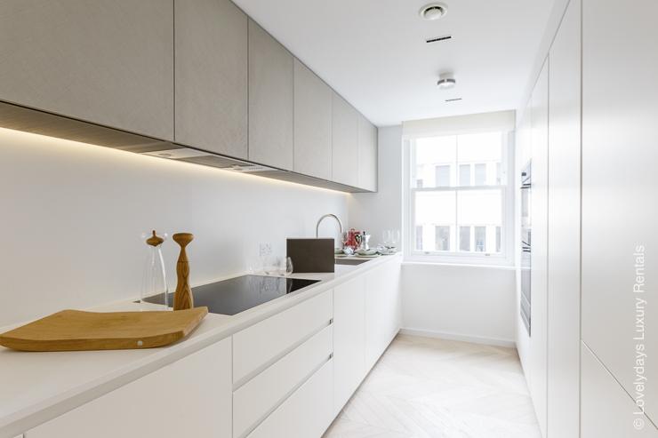 Lovelydays luxury service apartment rental - London - Fitzrovia - Goodge street II - Lovelysuite - 2 bedrooms - 2 bathrooms - Luxury kitchen - b31ca1d4e210 - Lovelydays