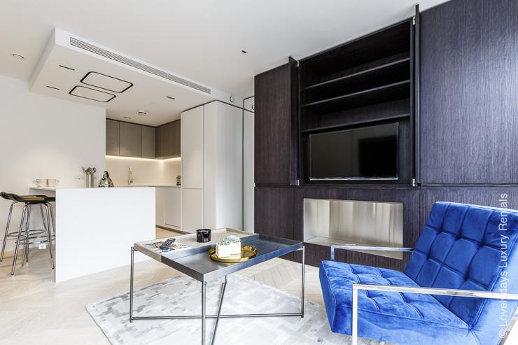 Lovelydays luxury service apartment rental - London - Fitzrovia - Goodge street III - Lovelysuite - 3 bedrooms - 2 bathrooms - Luxury living room - 28ba4c5921e6 - Lovelydays