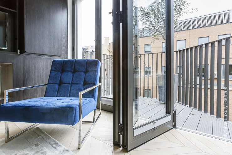 Lovelydays luxury service apartment rental - London - Fitzrovia - Goodge street III - Lovelysuite - 3 bedrooms - 2 bathrooms - Luxury living room - c6fa27377a15 - Lovelydays