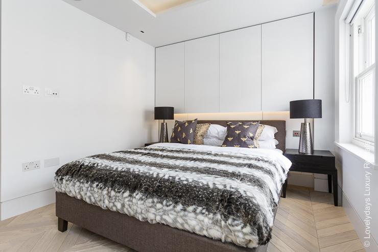 Lovelydays luxury service apartment rental - London - Fitzrovia - Goodge street III - Lovelysuite - 3 bedrooms - 2 bathrooms - Double bed - 07f6335ab062 - Lovelydays