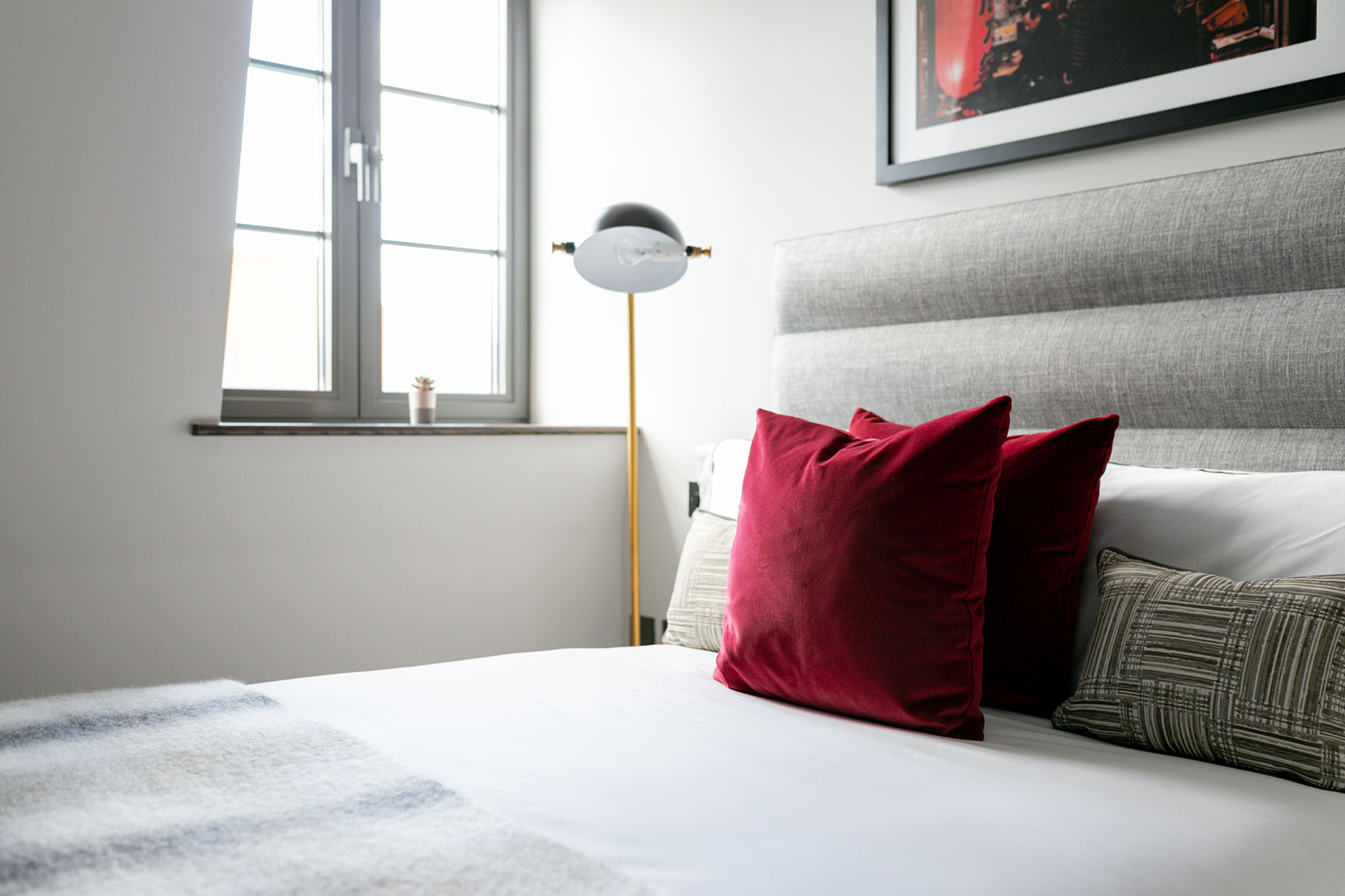 Lovelydays luxury service apartment rental - London - Soho - Great Marlborough St. IX - Lovelysuite - 2 bedrooms - 2 bathrooms - Queen bed - 5 star apartment in london - 1cef9417d9eb - Lovelydays
