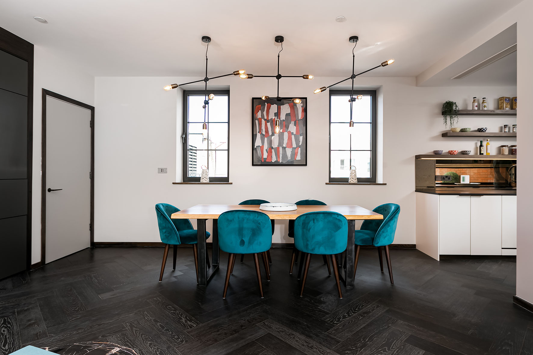 Lovelydays luxury service apartment rental - London - Soho - Great Marlborough St. IX - Lovelysuite - 2 bedrooms - 2 bathrooms - Dining living room - 5 star apartment in london - 6511e591ee0a - Lovelydays