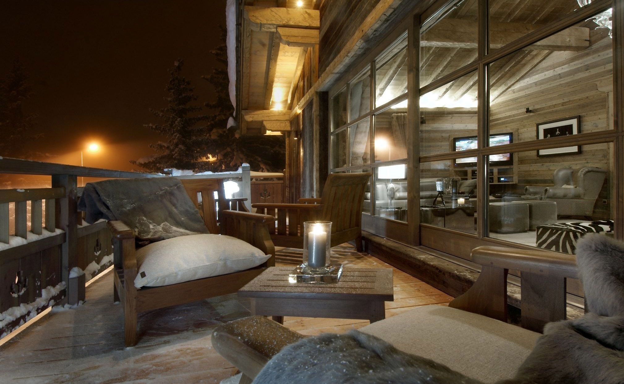 Lovelydays luxury service apartment rental - Courchevel - Great Roc Chalet - Partner - 7 bedrooms - 6 bathrooms - Balcony with view - 580f4287843e - Lovelydays