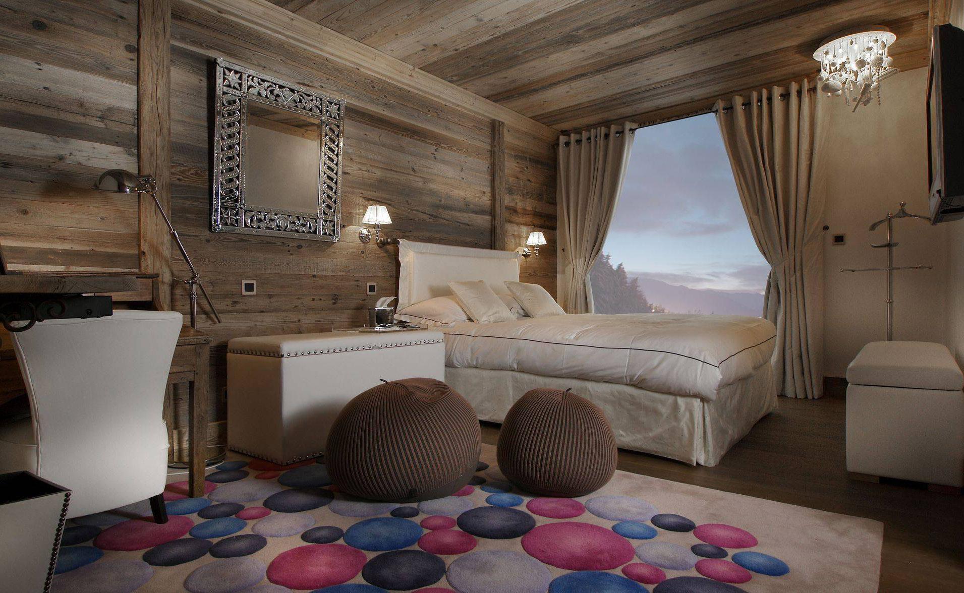 Lovelydays luxury service apartment rental - Courchevel - Great Roc Chalet - Partner - 7 bedrooms - 6 bathrooms - Queen bed - 40635fdf9bb3 - Lovelydays