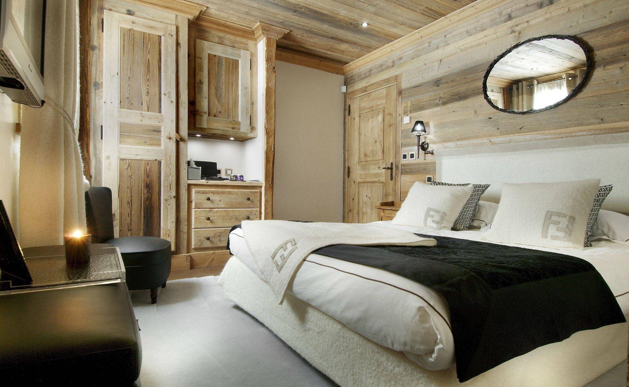 Lovelydays luxury service apartment rental - Courchevel - Great Roc Chalet - Partner - 7 bedrooms - 6 bathrooms - King bed - 117d51728700 - Lovelydays