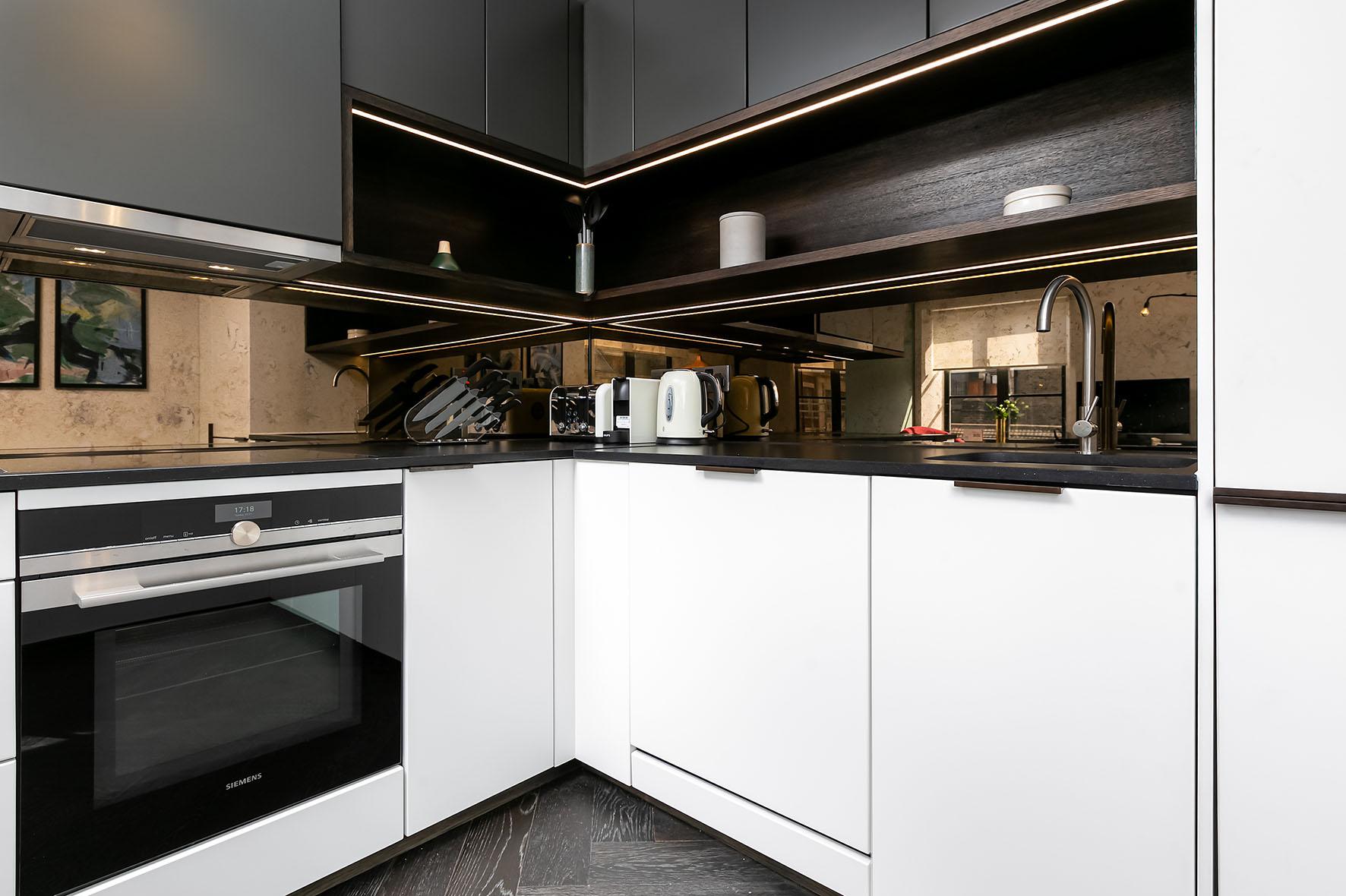 Lovelydays luxury service apartment rental - London - Soho - Noel Street VI - Lovelysuite - 2 bedrooms - 2 bathrooms - Luxury kitchen - b705e9e28f5e - Lovelydays