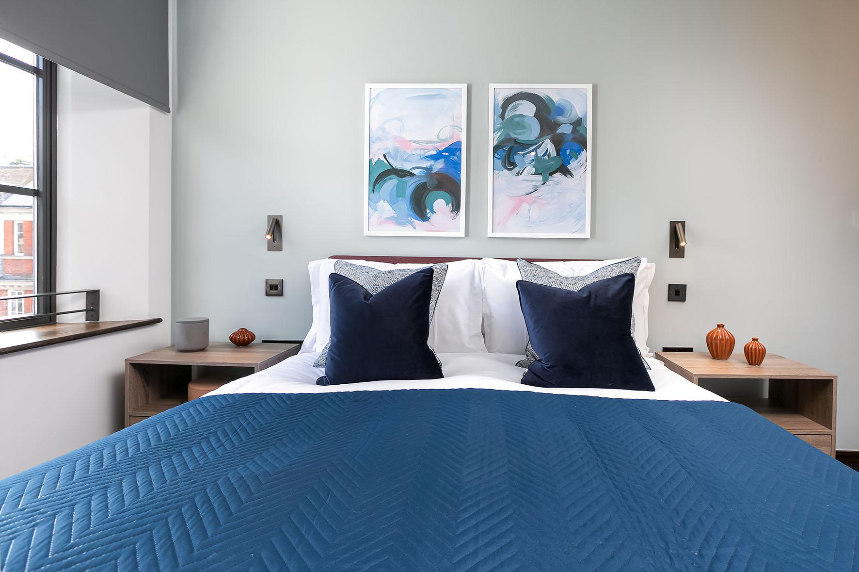 Lovelydays luxury service apartment rental - London - Soho - Noel Street VI - Lovelysuite - 2 bedrooms - 2 bathrooms - Queen bed - c61e6fec9a2d - Lovelydays