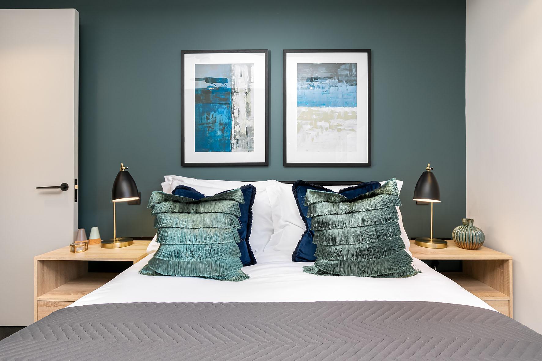 Lovelydays luxury service apartment rental - London - Soho - Noel Street VI - Lovelysuite - 2 bedrooms - 2 bathrooms - Queen bed - 5ce85551d57e - Lovelydays