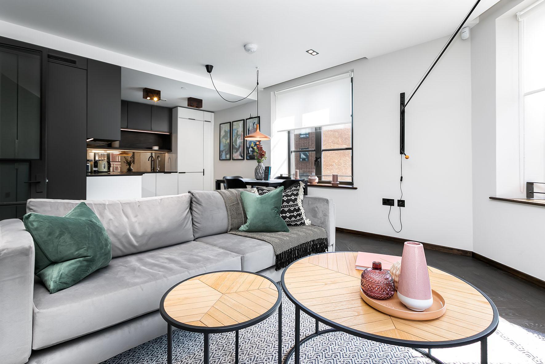 Lovelydays luxury service apartment rental - London - Soho - Noel Street VI - Lovelysuite - 2 bedrooms - 2 bathrooms - Luxury living room - 11feae43cb7c - Lovelydays