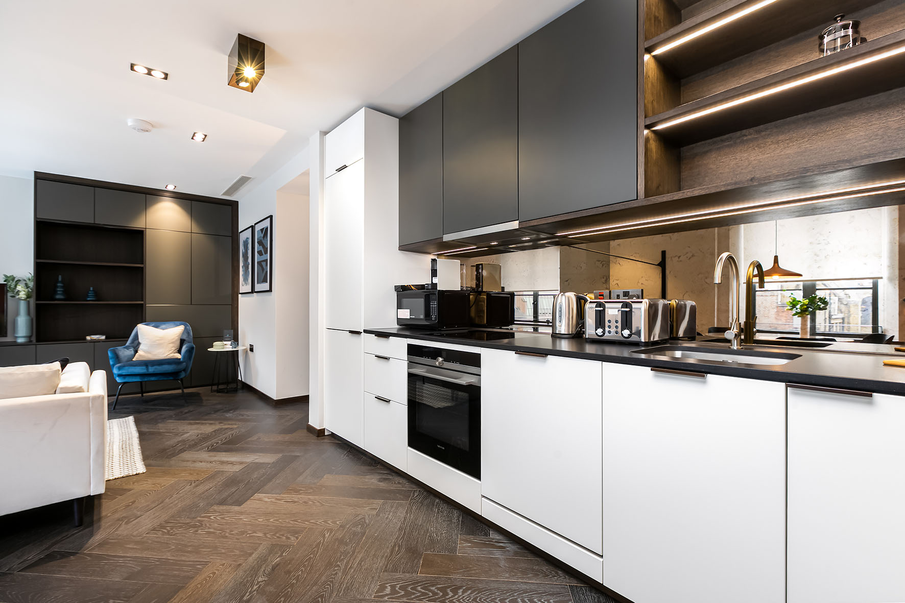 Lovelydays luxury service apartment rental - London - Soho - Noel Street VII - Lovelysuite - 1 bedrooms - 1 bathrooms - Luxury kitchen - 72e0a091a4a8 - Lovelydays