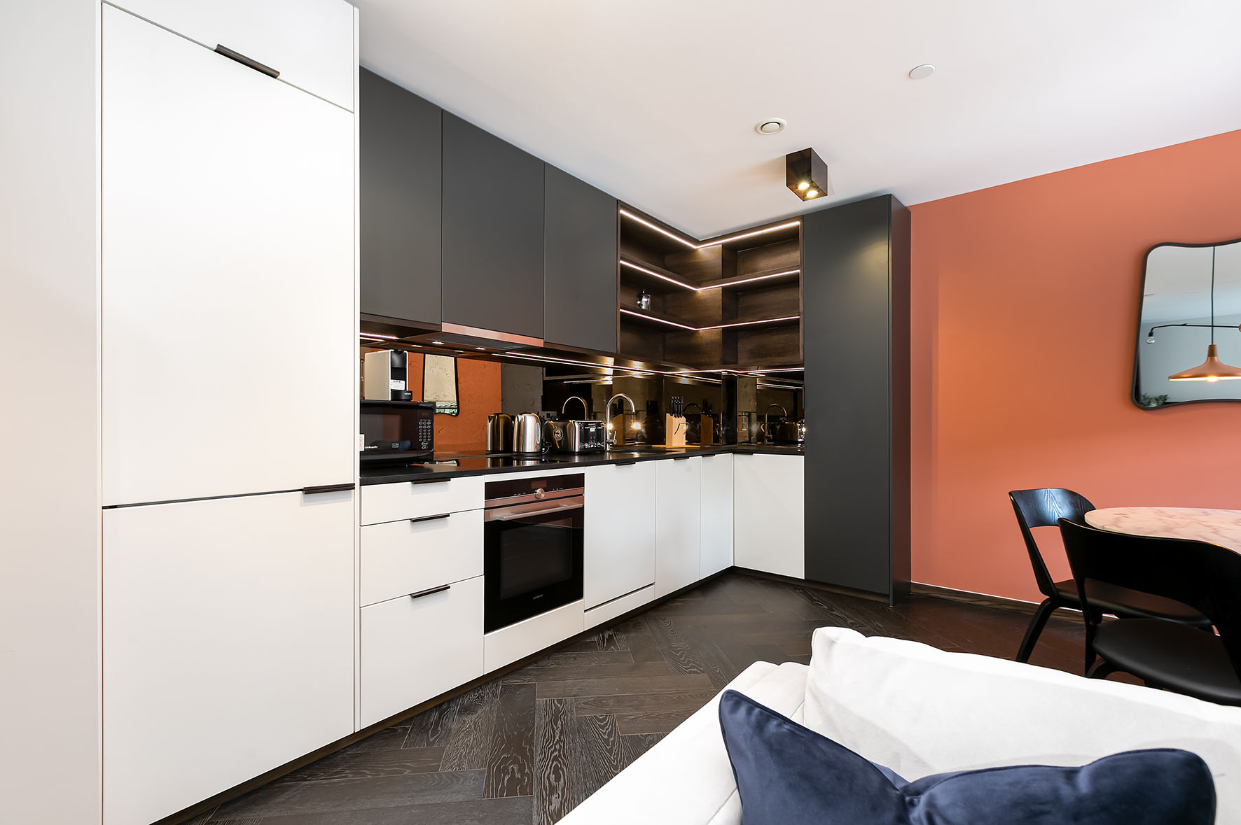 Lovelydays luxury service apartment rental - London - Soho - Noel Street VII - Lovelysuite - 1 bedrooms - 1 bathrooms - Luxury kitchen - 241815d93f32 - Lovelydays