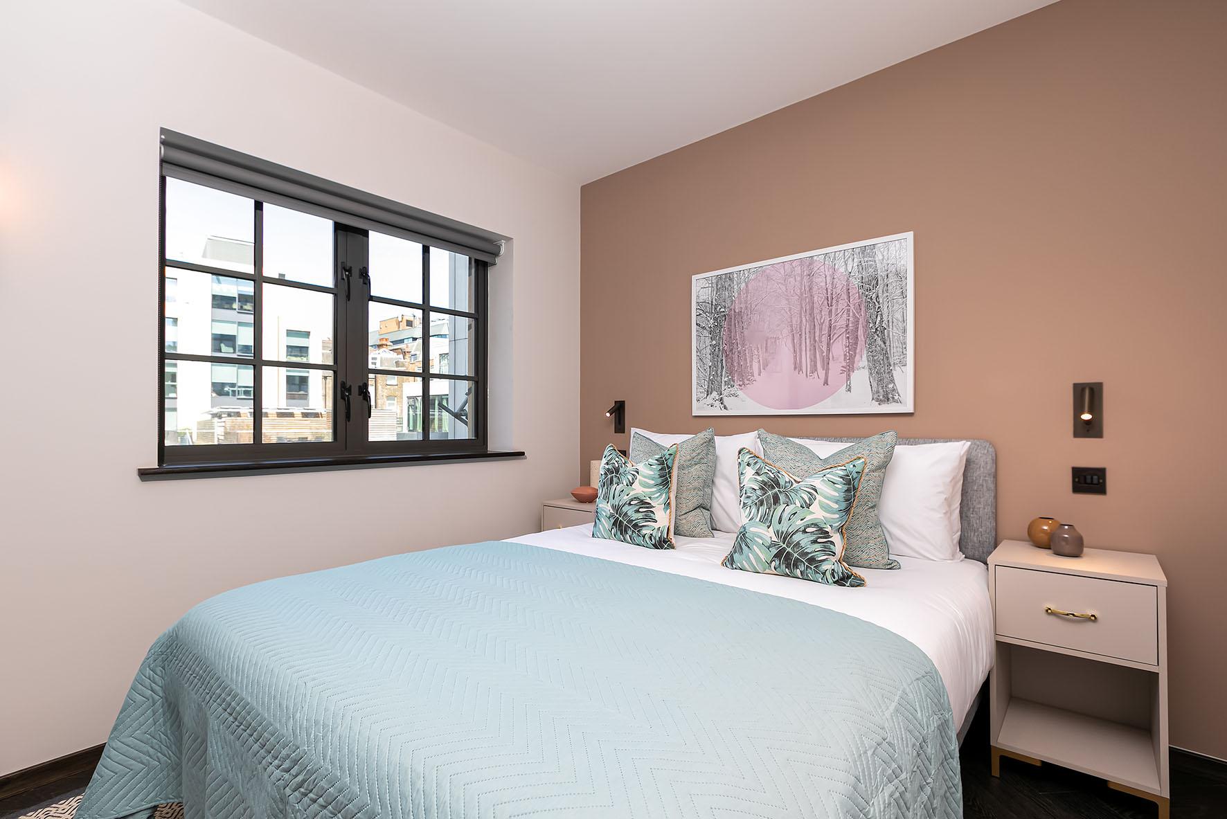 Lovelydays luxury service apartment rental - London - Soho - Oxford Street V - Lovelysuite - 1 bedrooms - 1 bathrooms - Queen bed - 78404282bbf4 - Lovelydays