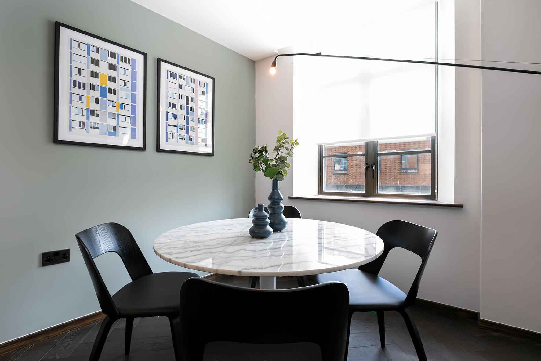 Lovelydays luxury service apartment rental - London - Soho - Oxford Street V - Lovelysuite - 1 bedrooms - 1 bathrooms - Dining living room - 6b63c6e9593e - Lovelydays