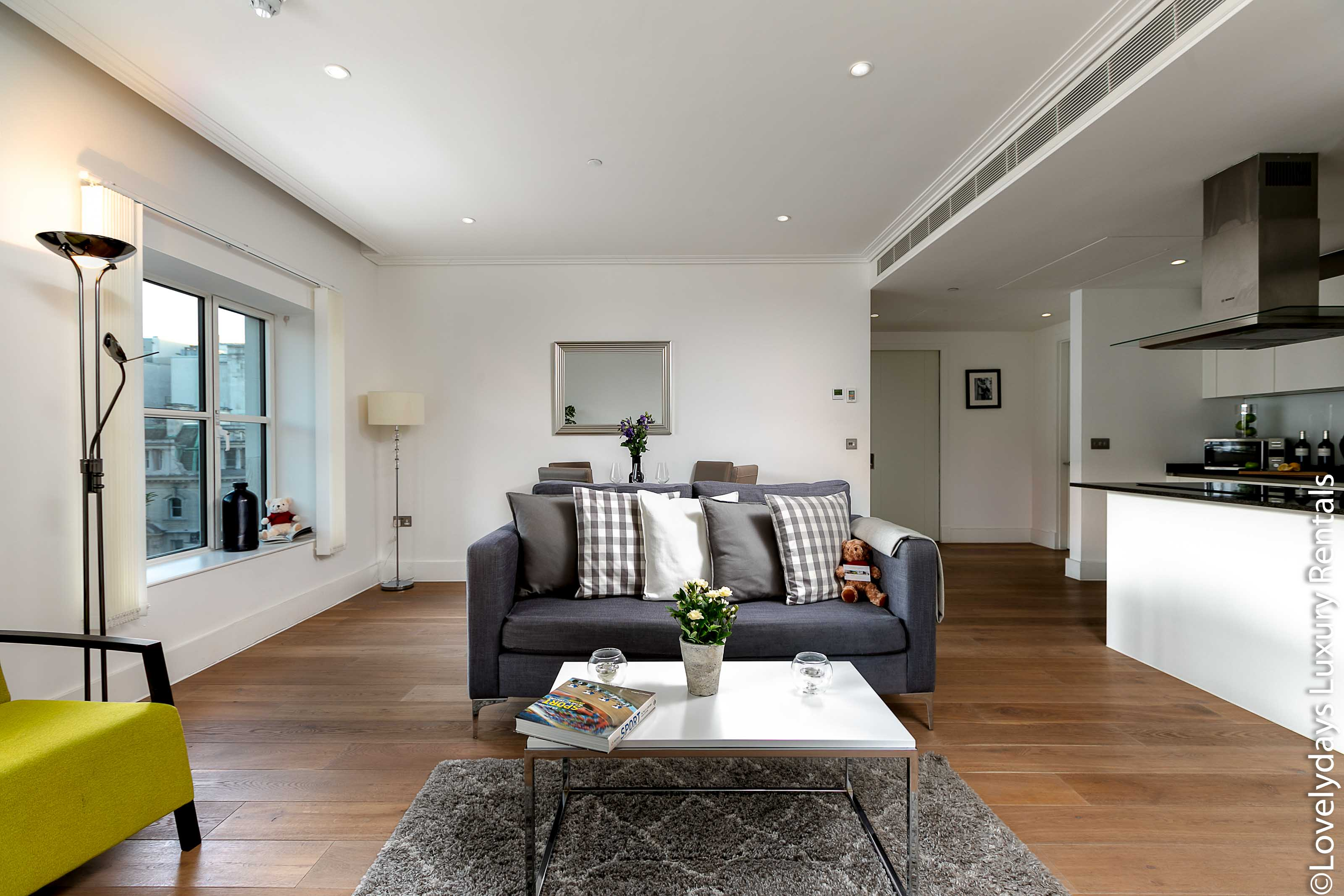 Prince's House 603 : Luxury Flat to Rent in Covent Garden