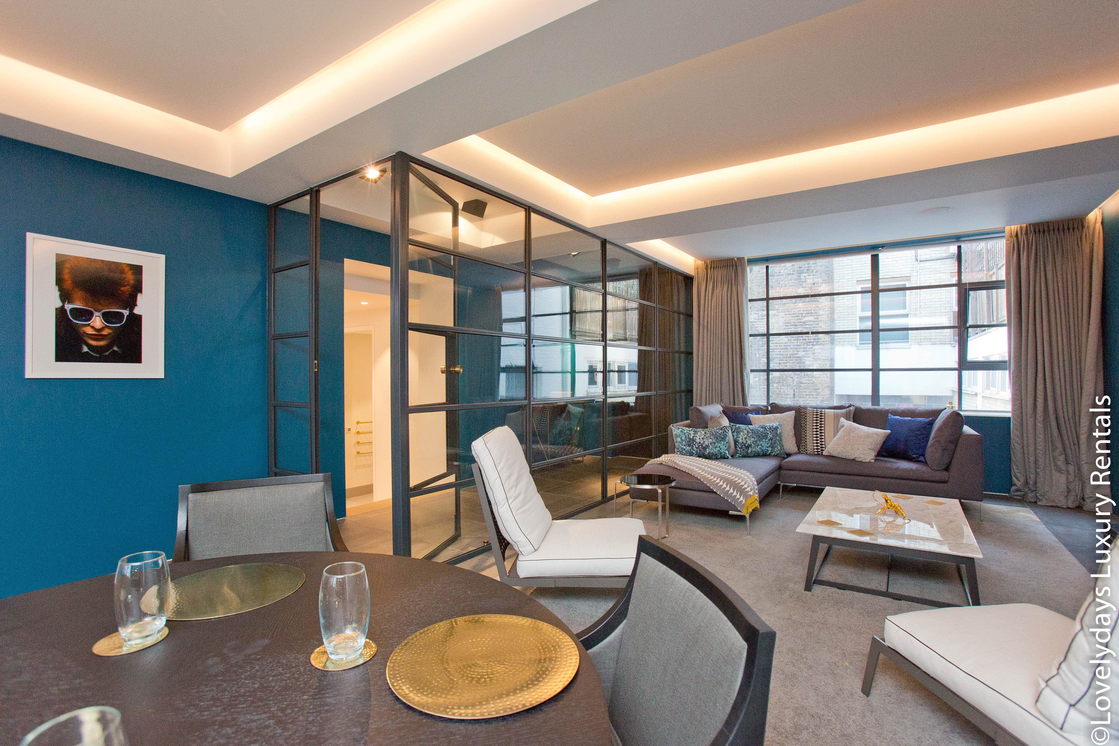 Lovelydays luxury service apartment rental - London - Soho - Royalty Mews III - Partner - 2 bedrooms - 2 bathrooms - Luxury living room - 737d1a8f158d - Lovelydays