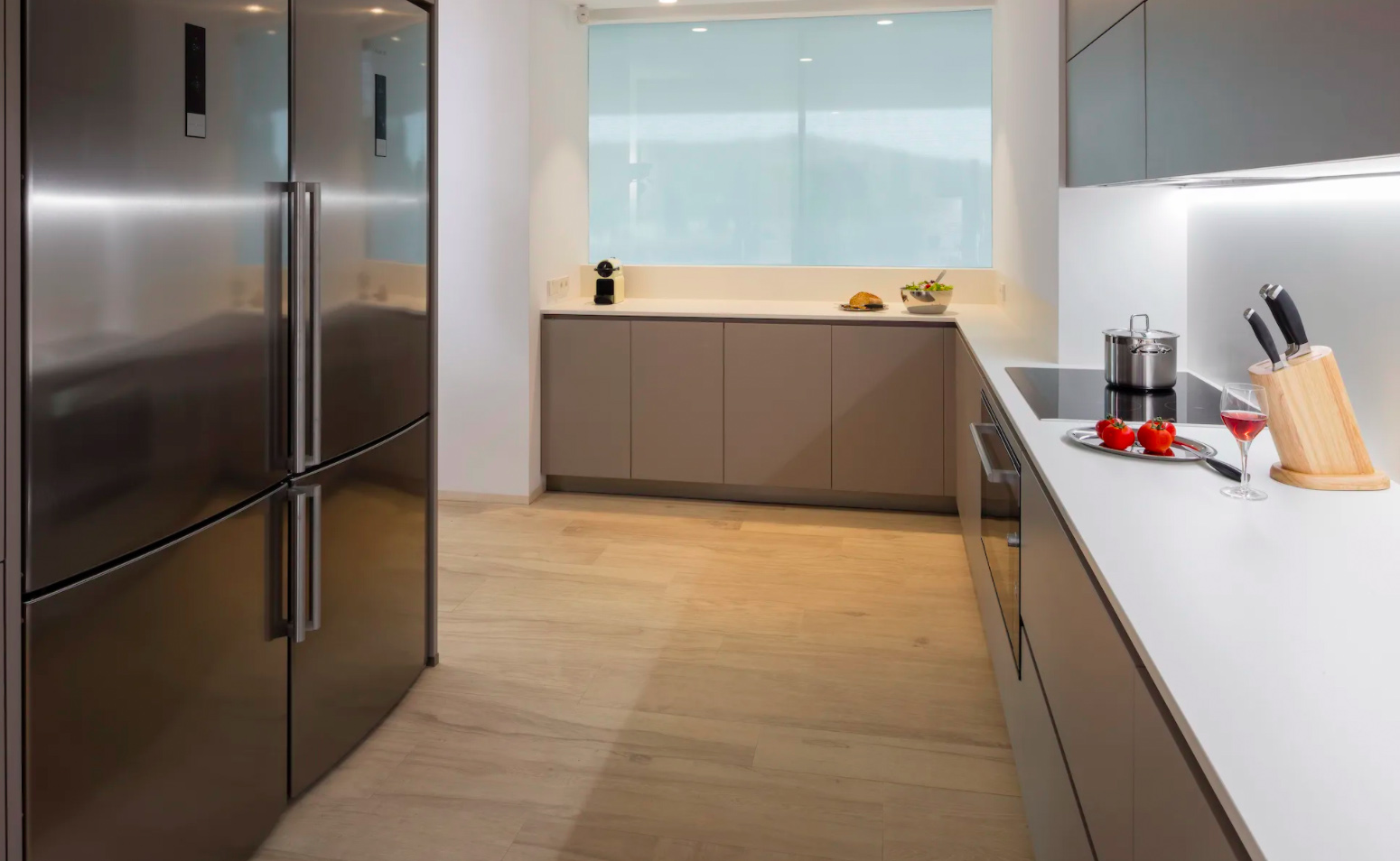 <p>Lovelydays Luxury Rentals introduce you pictures of a charming house in the heart of Spain</p>