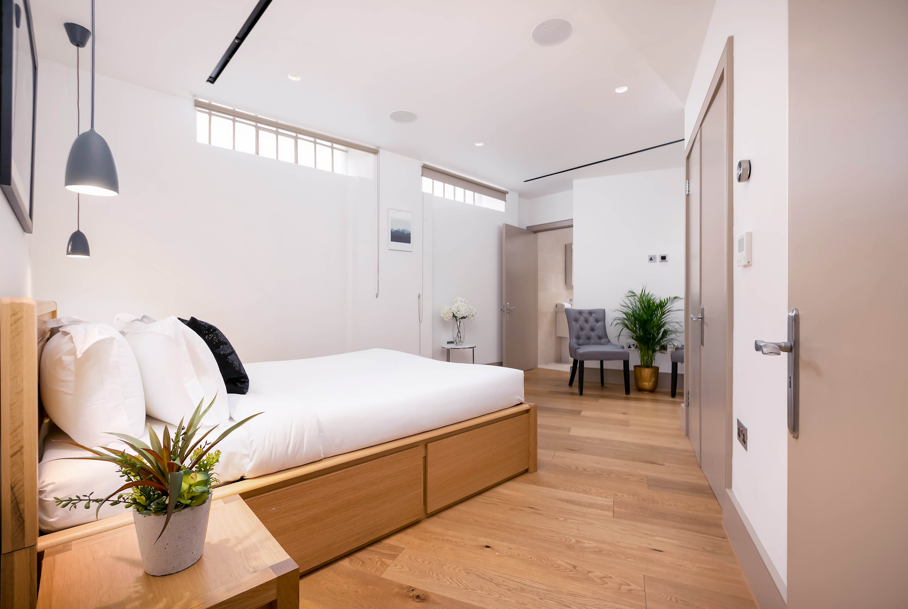 Lovelydays luxury service apartment rental - London - Fitzrovia - Wells Mews B - Lovelysuite - 2 bedrooms - 2 bathrooms - Double bed - 4a8874150cac - Lovelydays