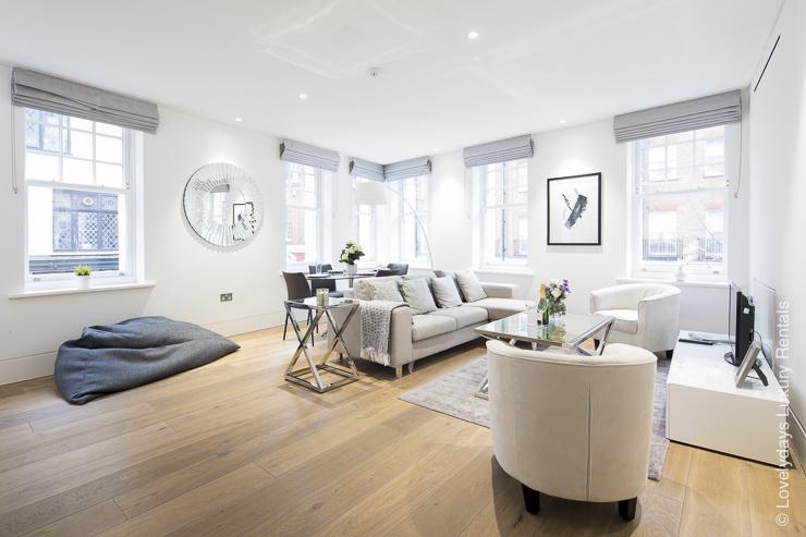 Lovelydays luxury service apartment rental - London - Soho - Romilly Street - Lovelysuite - 2 bedrooms - 2 bathrooms - Luxury living room - c65c20792a0d - Lovelydays