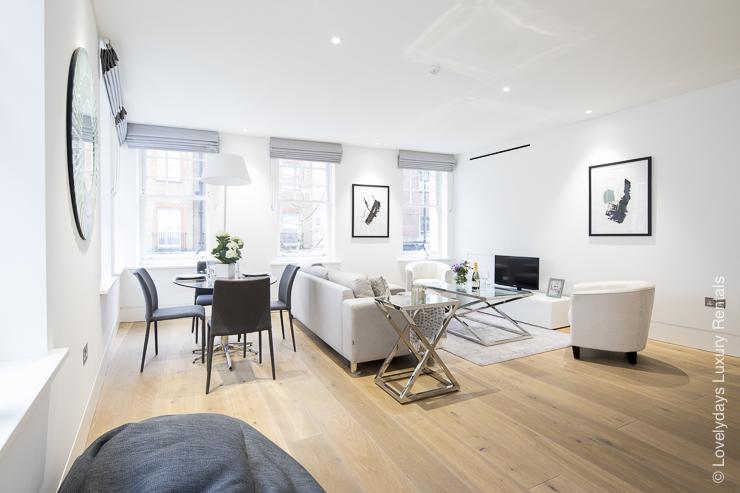 Lovelydays luxury service apartment rental - London - Soho - Romilly Street - Lovelysuite - 2 bedrooms - 2 bathrooms - Luxury living room - 61024d55ac14 - Lovelydays