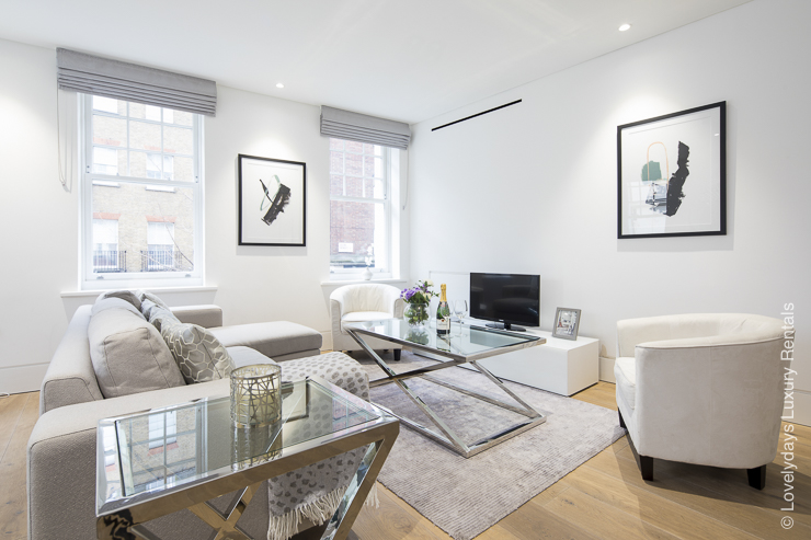 Lovelydays luxury service apartment rental - London - Soho - Romilly Street - Lovelysuite - 2 bedrooms - 2 bathrooms - Luxury living room - f25c35aa87c7 - Lovelydays