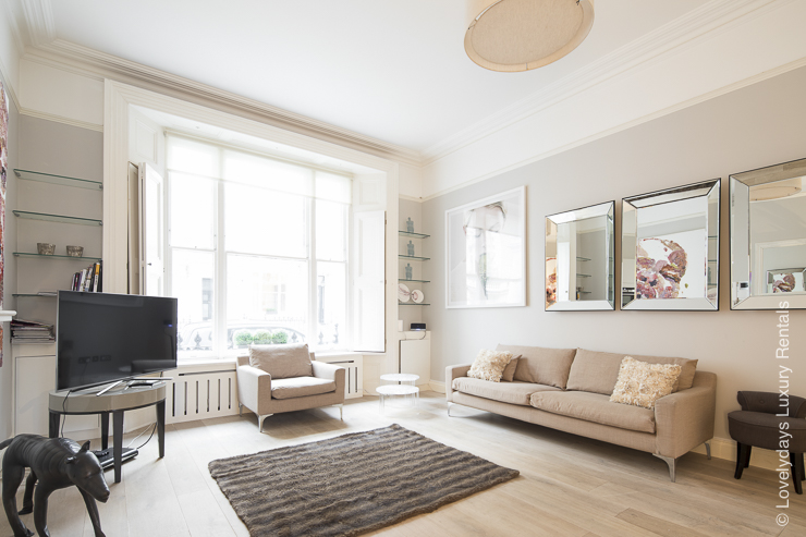 Lovelydays luxury service apartment rental - London - Notting Hill - Clanricarde II - Lovelysuite - 2 bedrooms - 2 bathrooms - Luxury living room - d598d88ff9a7 - Lovelydays