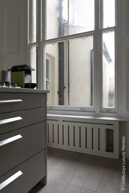 Lovelydays luxury service apartment rental - London - Notting Hill - Clanricarde II - Lovelysuite - 2 bedrooms - 2 bathrooms - Comfortable sofa - 3589251a7551 - Lovelydays
