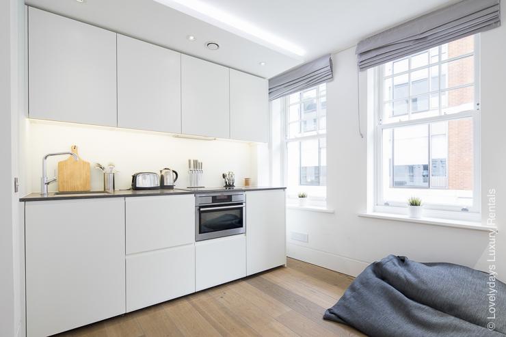 Lovelydays luxury service apartment rental - London - Soho - Romilly Street - Lovelysuite - 2 bedrooms - 2 bathrooms - Luxury kitchen - 722f64166306 - Lovelydays