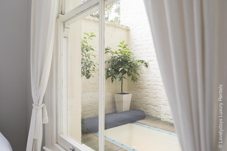 Lovelydays luxury service apartment rental - London - Notting Hill - Clanricarde II - Lovelysuite - 2 bedrooms - 2 bathrooms - Balcony - 9093e78ef23f - Lovelydays