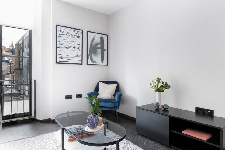 Lovelydays luxury service apartment rental - London - Soho - Berwick Street III - Lovelysuite - 1 bedrooms - 1 bathrooms - Luxury living room - ea04f8f52c2e - Lovelydays