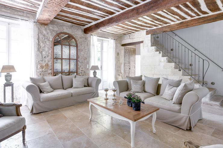 Lovelydays luxury service apartment rental - St Rémy de Provence and surroundings - Ameu Mas - Partner - 6 bedrooms - 6 bathrooms - Luxury living room - 4fd00dab7ee7 - Lovelydays