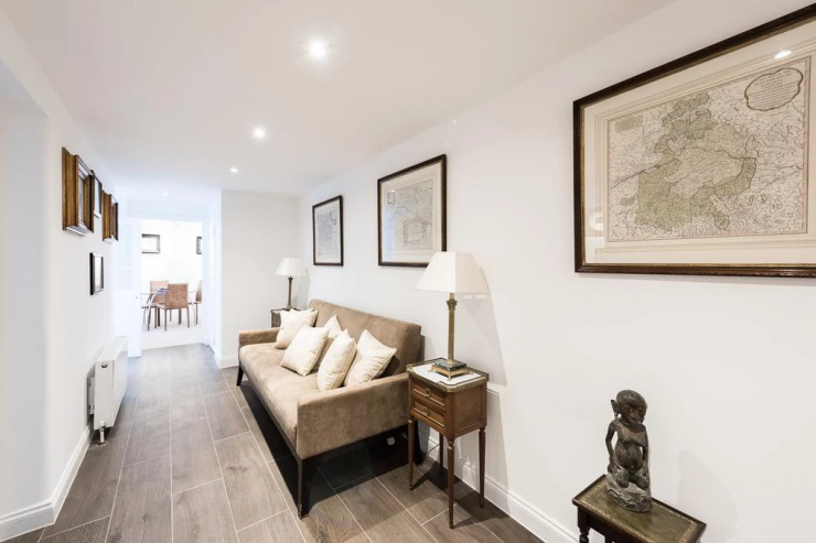 https://lovelydays.com/images/properties/img/Eccleston-Square-14/Eccleston-Square-14-b87864a8552c.png