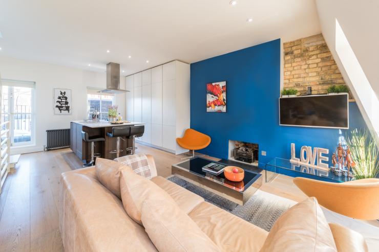 Lovelydays luxury service apartment rental - London - Fitzrovia - Foley Street II - Lovelysuite - 2 bedrooms - 2 bathrooms - Luxury living room - 8a45ab7722e8 - Lovelydays