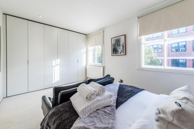 Lovelydays luxury service apartment rental - London - Fitzrovia - Foley Street II - Lovelysuite - 2 bedrooms - 2 bathrooms - Double bed - a7491d8e16c6 - Lovelydays