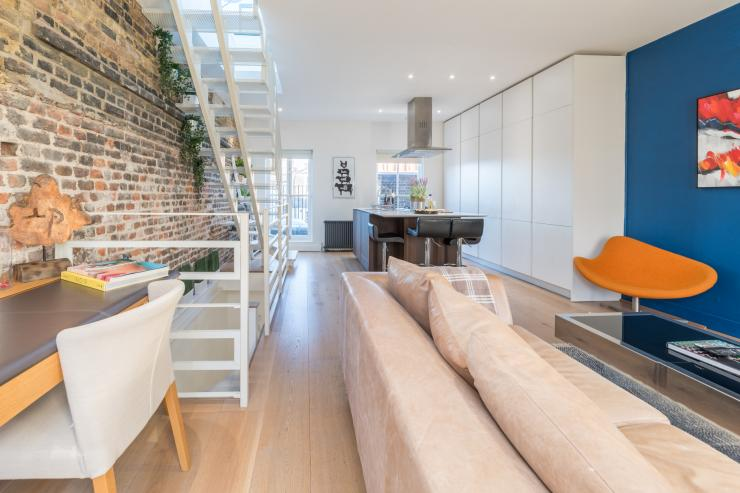 Lovelydays luxury service apartment rental - London - Fitzrovia - Foley Street II - Lovelysuite - 2 bedrooms - 2 bathrooms - Luxury living room - 72cfc421d924 - Lovelydays