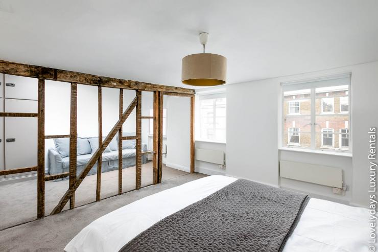 Lovelydays luxury service apartment rental - London - Fitzrovia - Goodge 55 - Lovelysuite - 2 bedrooms - 3 bathrooms - King bed - 7e83f544ab05 - Lovelydays