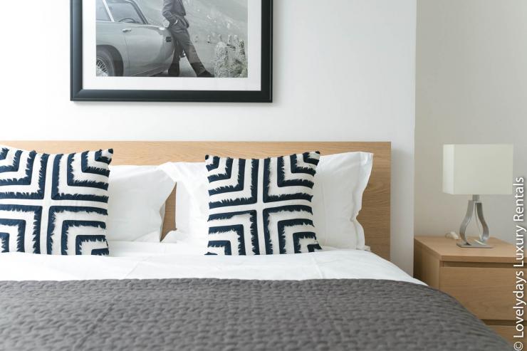 Lovelydays luxury service apartment rental - London - Fitzrovia - Goodge 55 - Lovelysuite - 2 bedrooms - 3 bathrooms - Double bed - 3d6935827911 - Lovelydays
