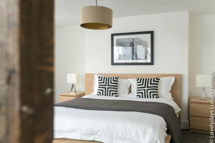 Lovelydays luxury service apartment rental - London - Fitzrovia - Goodge 55 - Lovelysuite - 2 bedrooms - 3 bathrooms - Double bed - 6a5ffe3492f1 - Lovelydays